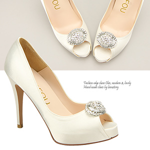 4409 brooch point wedding shoes